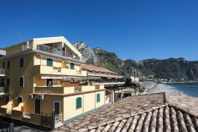 Holiday Apartment Taormina for 4 people